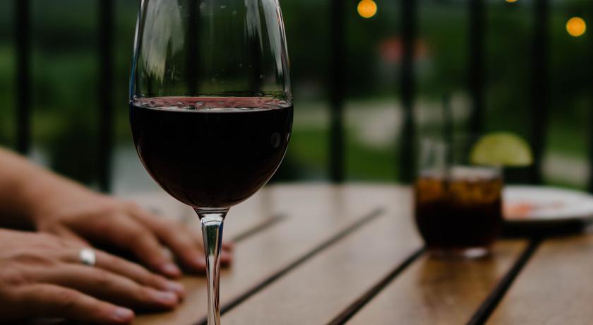 Wine glass by serge-esteve-